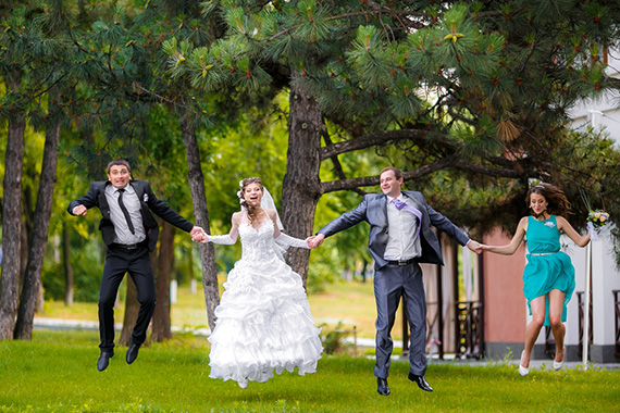 Звать или не звать{q} Кого нельзя брать свидетелем на свадьбу